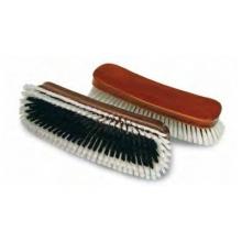 Brosse fibre synth�tique pour v�tement.