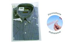 Pochette plastique à rabat avec bande autocollante pour pulls ou chemises pliés
