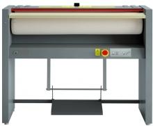 GRANDIMPIANTI S120/18 EM - Repasseuse à rouleau cylindre de 1200x180 mm Manuelle.