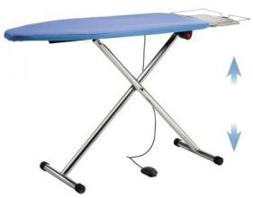T220P - Table à repasser Chauffante, Aspirante et pliable. Chromée.