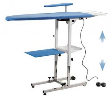 KER - Table à repasser réglable en hauteur, Chauffante, Aspirante, Soufflante et pliable. Chromée.