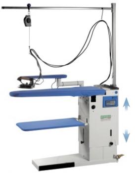 ZEUS - Table à repasser réglable en hauteur, Chauffante, Aspirante, Soufflante. Avec kit de suspension + Générateur vapeur intégré.