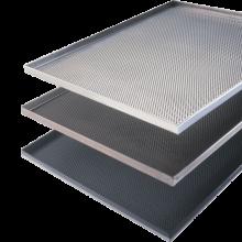 Plaque cuisson pâtissière aluminium, perforée 3 mm, angle 90°